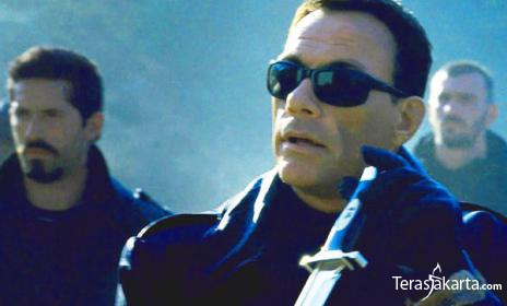 76jean-claude-van-damme-the-expendables-2.jpg